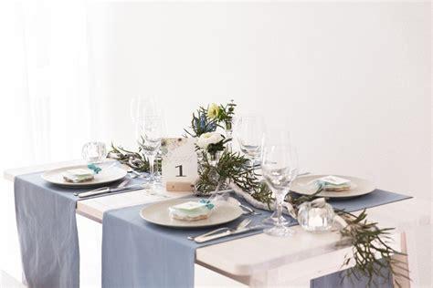 Diy-ideen Für Die Hochzeits-tischdeko Mit Anemonen, Blau