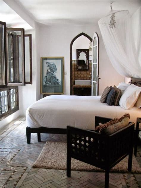 colonial style bedroom furniture best 25 colonial bedroom ideas on