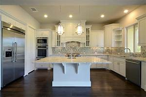 White Kitchen Cabinets - Burrows Cabinets - central Texas