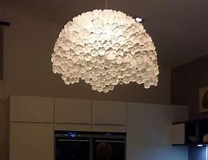 Lampenfassung Für Flaschen : upcycling 8 ideen f r lampen aus alltagsgegenst nden ~ Frokenaadalensverden.com Haus und Dekorationen