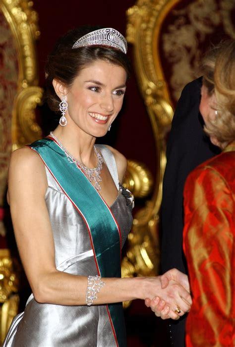 Queen Letizia Spain Jewelry Popsugar Latina