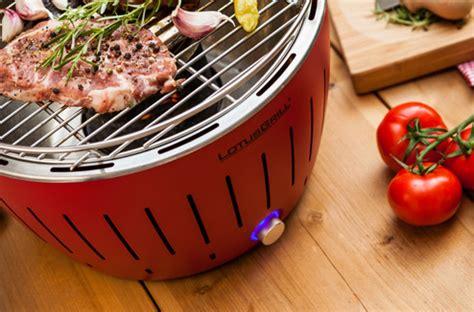 aeration cuisine test le barbecue à charbon portable de lotusgrill