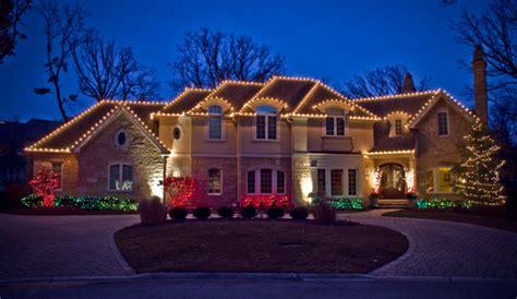 homes decorated  christmas lights homes