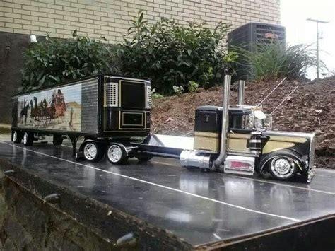 model semi trucks custom peterbilt model truck big rigs pinterest the