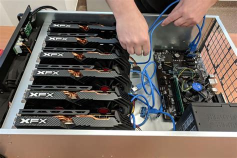 During mining, your bitcoin mining hardware runs a cryptographic hashing function (two rounds of sha256) on what is called a block header. Asic Bitcoin Mining System Bitcoin Trading History - Golden Canary Shopping