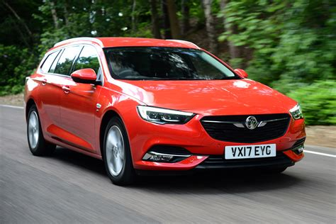 vauxhall vauxhall new vauxhall insignia sports tourer 2017 review auto express