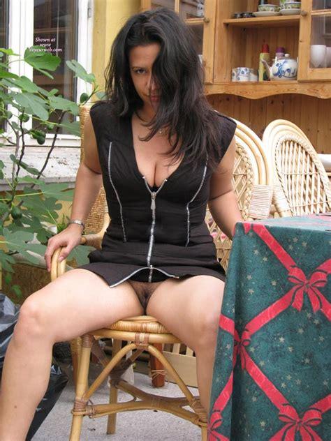 Pantyless Girl Flashing Her Pussy Photo Voyeur Webs