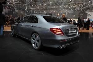 Nouvelle Mercedes Classe E : nouvelle mercedes classe e classique vid o en direct du salon de gen ve 2016 1er live ~ Farleysfitness.com Idées de Décoration