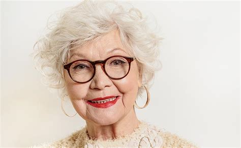 Hairstyles For 60 Year Old Woman With Glasses