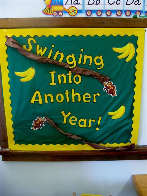 best 25 welcome back boards ideas on welcome back to school bulletin boards