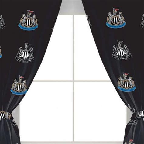 newcastle united fc ensemble de rideaux taille 168 cm noir achat vente rideau cdiscount