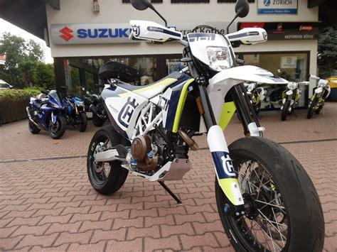 Umgebautes Motorrad Husqvarna 701 Supermoto Von Motorrad