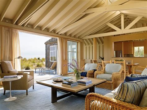 Traditional Beach House In Northern California Stinson