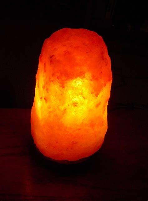 Salt Lamp Scam by Yoursaltlamps Com Himalayan Salt Lamp Review Emily Reviews