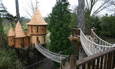 The World's Most Amazing Tree Houses