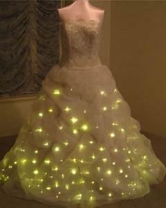 holy beautiful geeky wedding dress batman with 300 gold With batman wedding dress