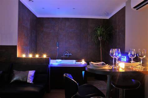 plan chambre d hotel louer appartement romantique à manduel pour deux avec