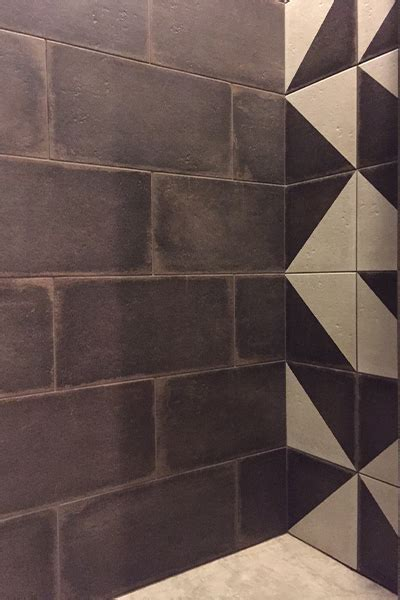 Project: SHOWER WALL DECORATIVE TILE   StonePeak American