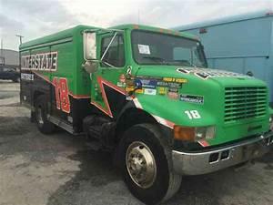 International Navistar 4700  2000    Utility    Service Trucks