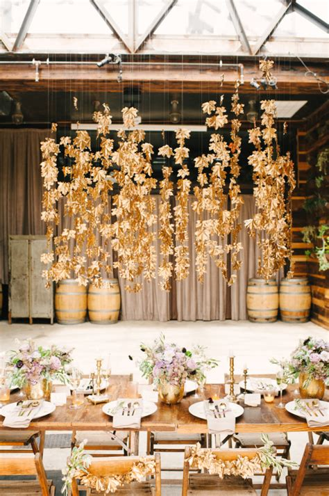 Fall Wedding Ideas That Don't Scream Halloween A