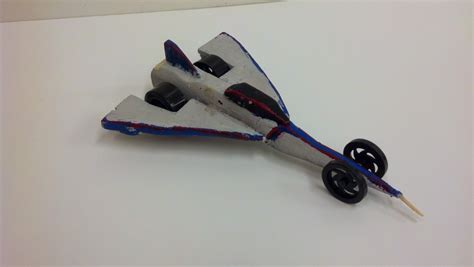 Annual specifications can be found at themes and problems. 1000 and 1 Solutions: DDP Co2 Dragsters