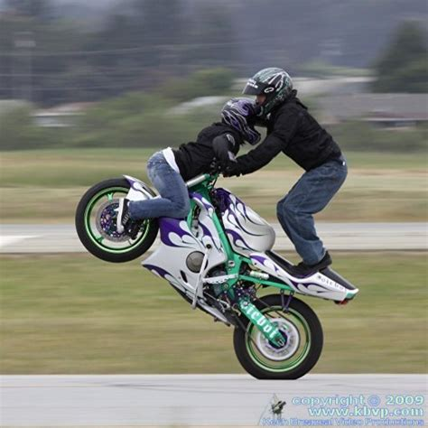 - Cars And Bikes Stunt And Wallpapers