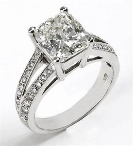 Beautiful wedding rings pictures diamondgoldsilver for Engagement wedding ring