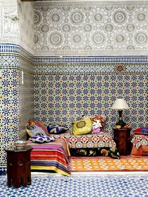 tissu pour canapé marocain le salon marocain de quot mille et une nuits quot en 50 photos