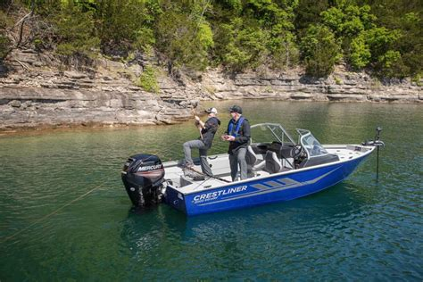 Crestliner Boats For Sale In Wisconsin by Crestliner 2000 Intruder Boats For Sale In Wisconsin