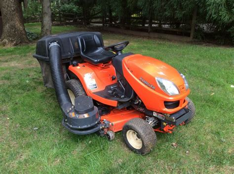 lawn mower with bagger for sale kubota gr 2000 bagger and mower deck with free tractor philadelphia 19317 chadds ford 1200