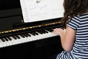 Learn To Play Piano Within A Month