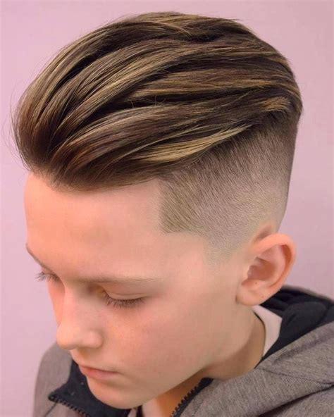 coole jungs haarschnitte cool in der schule 23 moderne jungs frisuren im trend frisurentrends zenideen