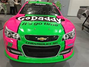 Racer Danica Patrick's Chevrolet SS Turned Pink for a Good ...