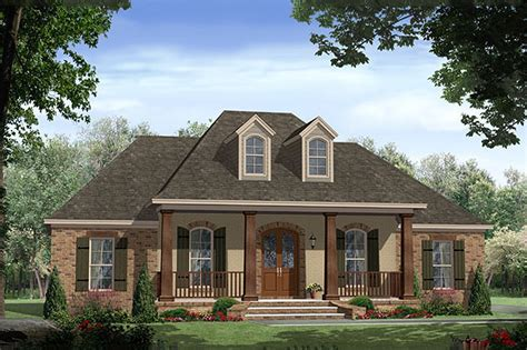 southern style house plan  beds  baths  sqft plan   houseplanscom