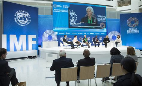 Imf Maintains Global Growth Forecasts, Warns Of Escalating