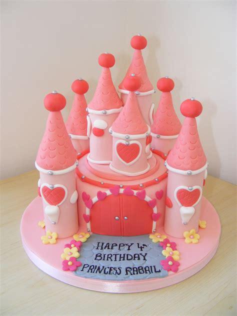cakes littlecakecharacters stoke  trent cake maker