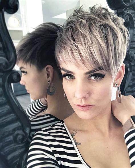 top   flattering pixie haircuts  women short