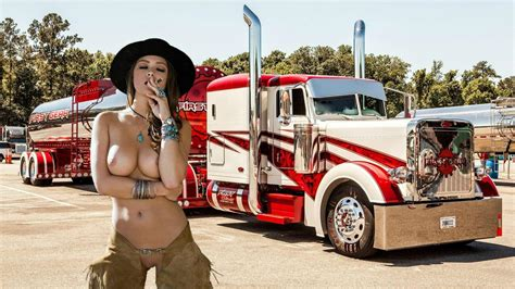 Naked Girls And Bigrigs Sex Photo Comments 3