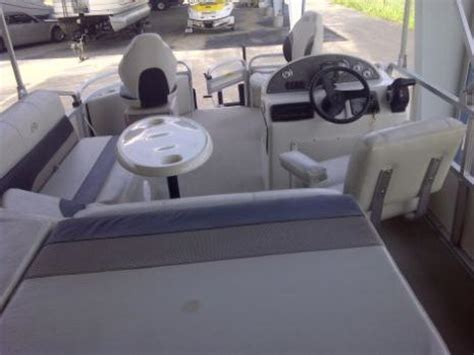 Avalon Pontoon Boat Problems by 18 Ft Pontoon With Trailer Boats For Sale