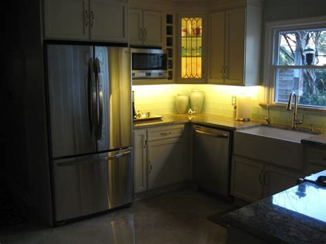 Kitchen & Dining. Kitchen Decoration With Lights Accent