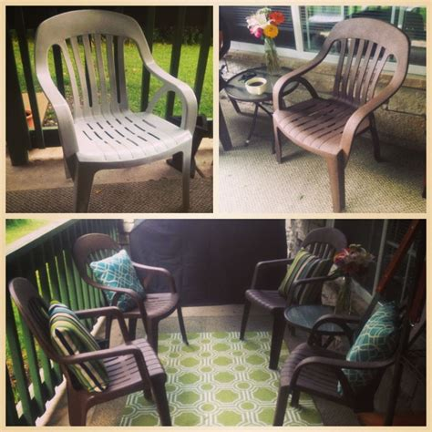 Inexpensive Lawn Furniture by Redoing Plastic Lawn Chairs So You Don T To Buy New