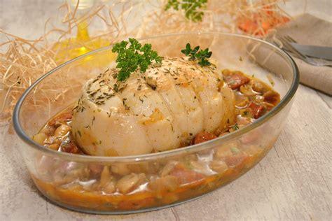 comment cuisiner un roti de dinde rôti de dinde sauce chorizo chignons au fil du thym