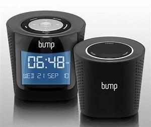 Aluratek Bump Mp3   Fm Radio Boombox With Wireless Speaker