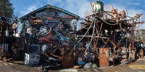 la maison du chaos lyon visitez la demeure du chaos gr 226 ce 224 des drones