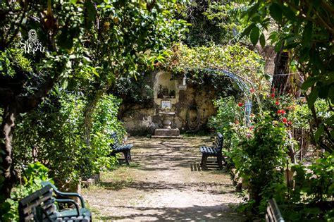 Il Giardino Di Babuk Gatti, Leggende E Misteri Di Un