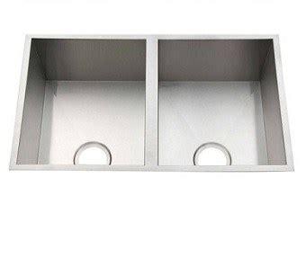kitchen sinks brisbane kitchen sinks builders warehouse 2986