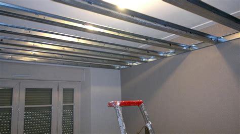 isoler chambre bruit pourquoi et comment isoler phoniquement plafond