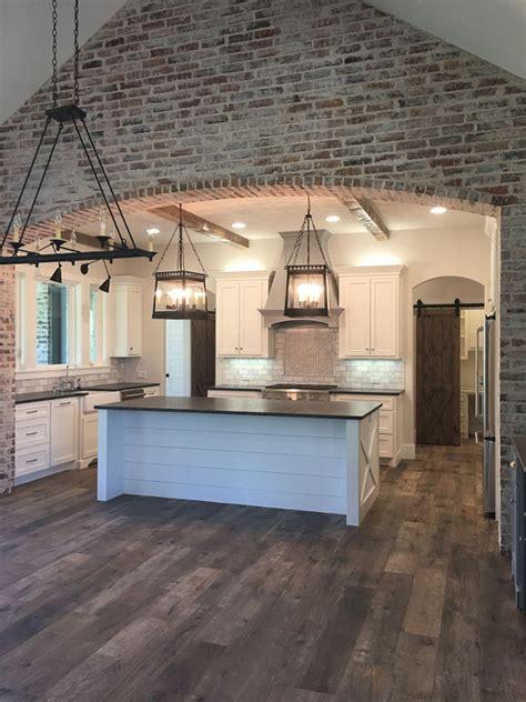 tile flooring throughout house interior design ideas home bunch interior design ideas