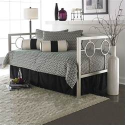 fashion bed astoria metal daybed in chagne finish with pop up trundle b10058 450029 pkg