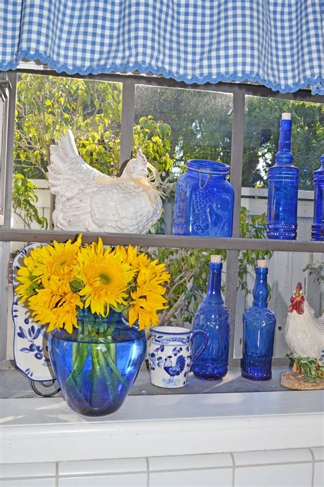 my painted garden painting roosters to match my blue and